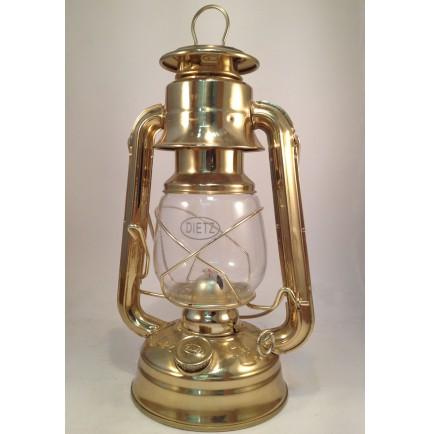 LAMPE TEMPETE A PETROLE