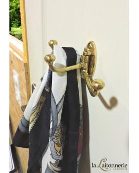 Patère porte-manteau triple en laiton poli