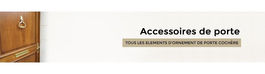 Accessoires de porte en laiton : heurtoir, sonnette...